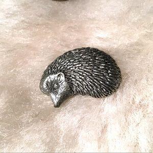 ❇️Vintage Pewter Porcupine Pin